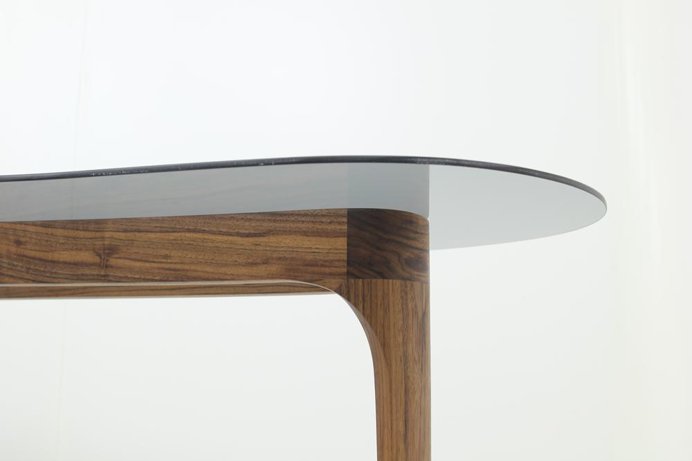 le-cali-modern-desk-4